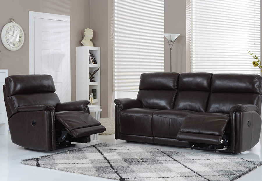 Jacksonville range featuring recliners, sofas and chairs