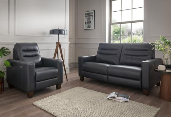 Julia range featuring recliners, sofas and chairs